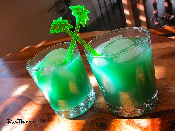 St. Patrick's Punch (RumTherapy.com)