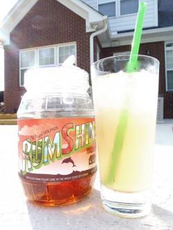 RumShine Strawberry Lemonade