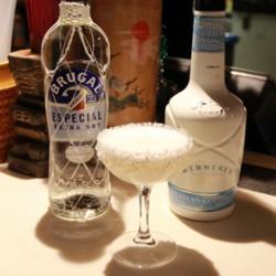 Daniel Stanic's cocktail, White Beach (TheSpiritsBusiness.com)